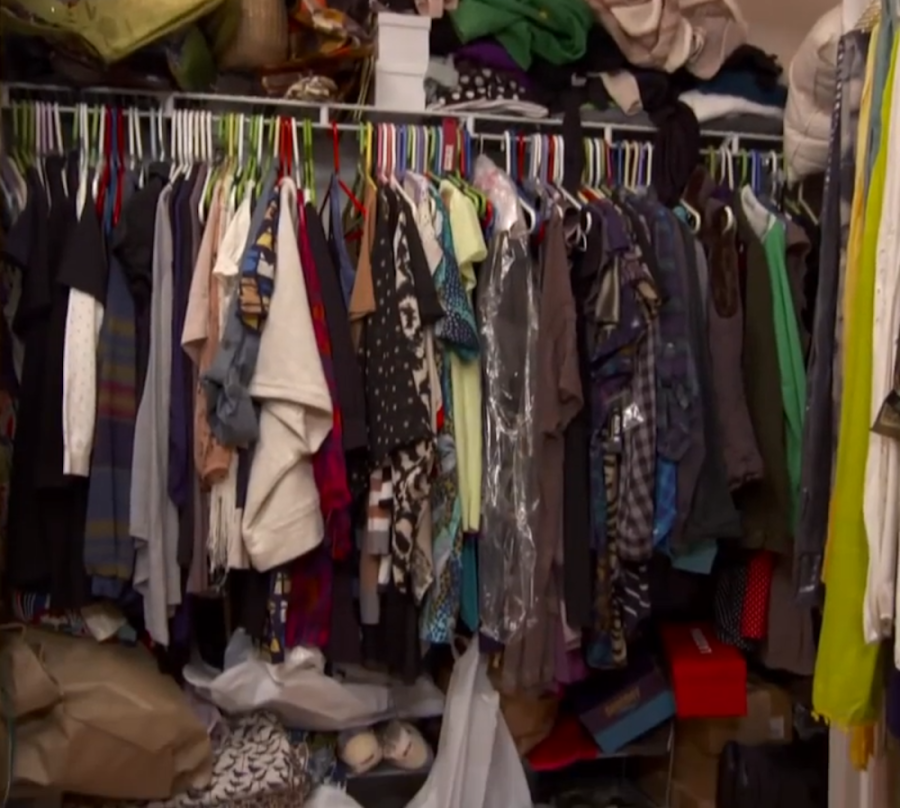 Unorganized Closet Video before picture